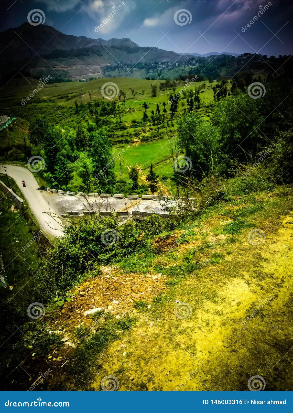 Ορίζοντας που τρέχει στα βουνά