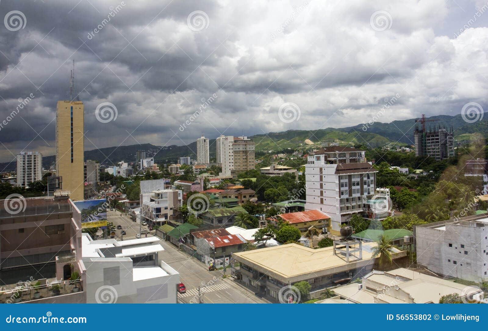 Download Ορίζοντας πόλεων του Κεμπού Εκδοτική Φωτογραφία - εικόνα από γκρίζος, κεμπού: 56553802