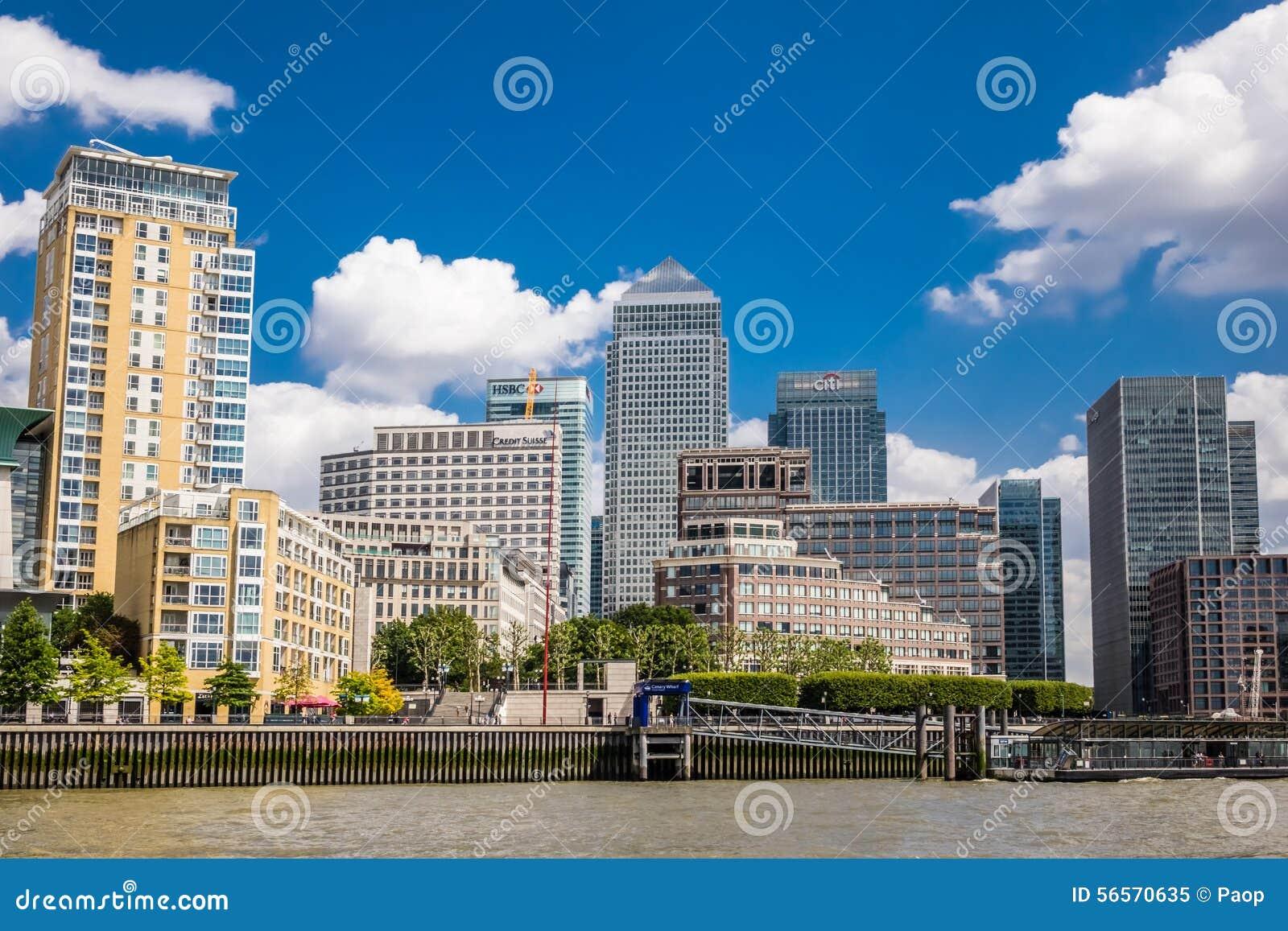 Download Ορίζοντας Canary Wharf εκδοτική εικόνα. εικόνα από εξωτερικό - 56570635