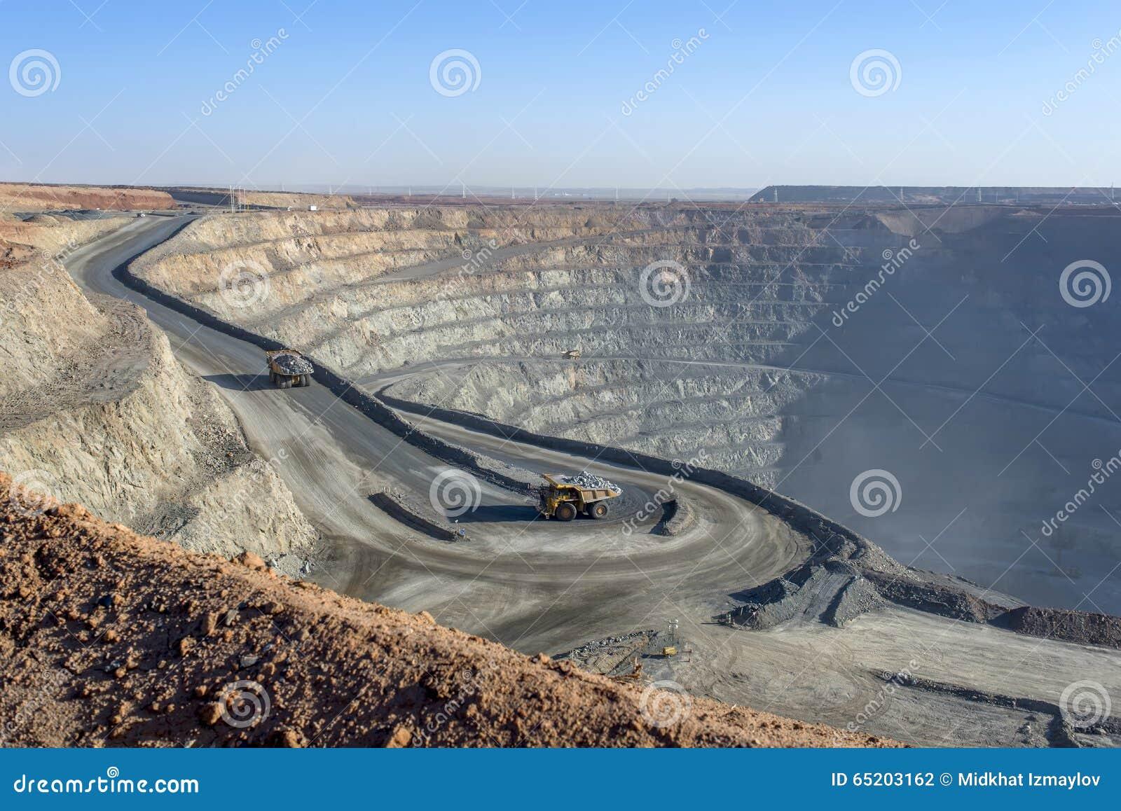 Ορυχείο ανοικτών κοιλωμάτων 01
