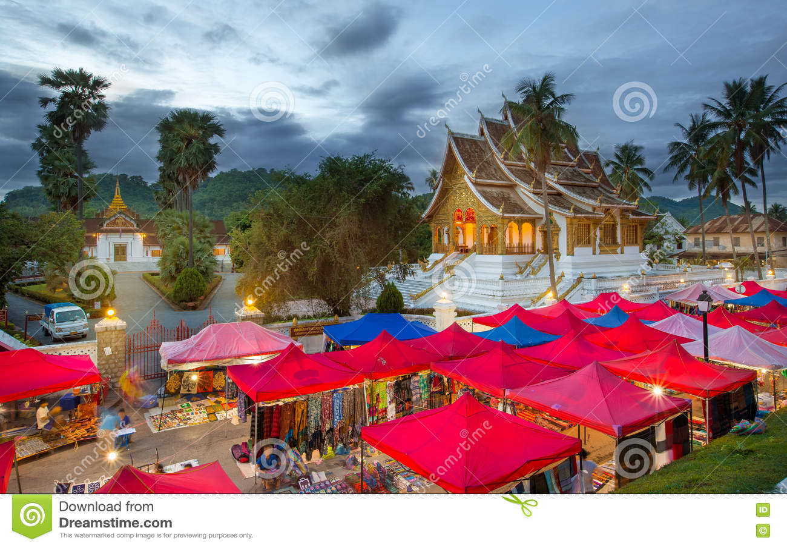 Ορόσημο της πόλης Luang Prabang στο Λάος