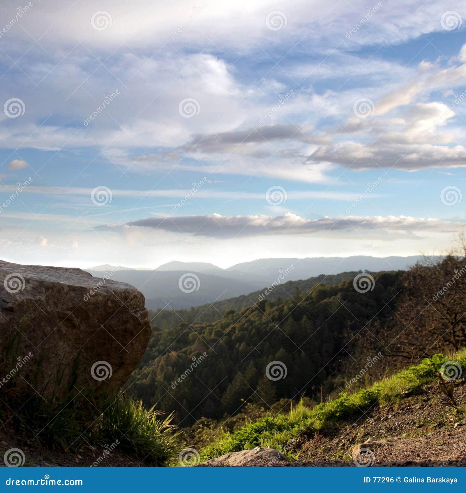 ουρανός βουνών
