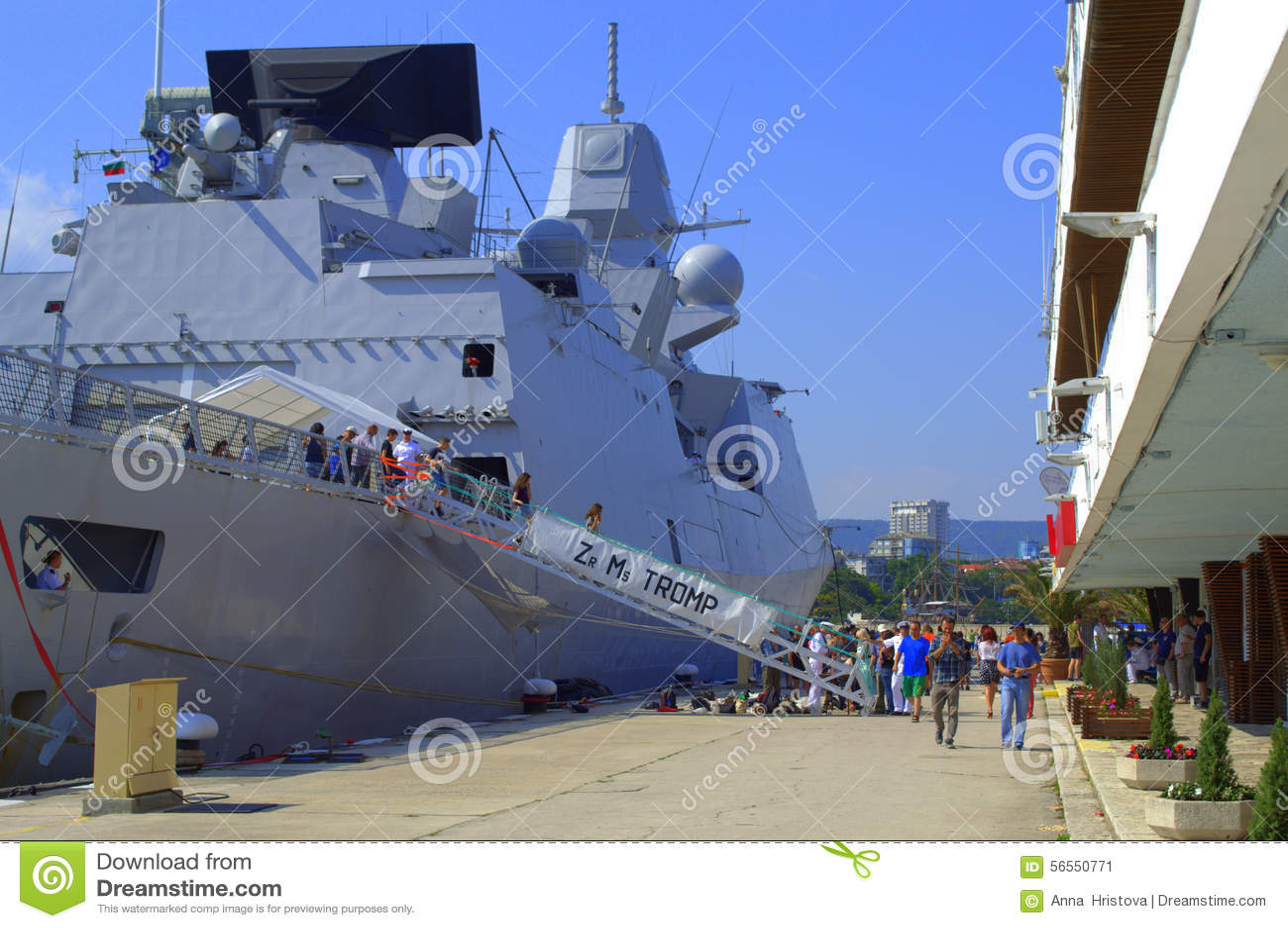 Download Ολλανδική φρεγάτα, λιμένας της Βάρνας, Βουλγαρία Εκδοτική Εικόνες - εικόνα από σκάφη, θάλασσα: 56550771