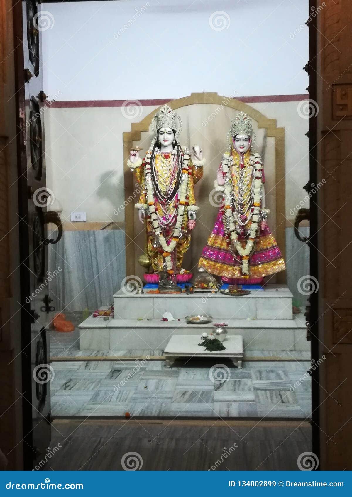 Ο Θεός του krishna που καταπλήσσει το PIC