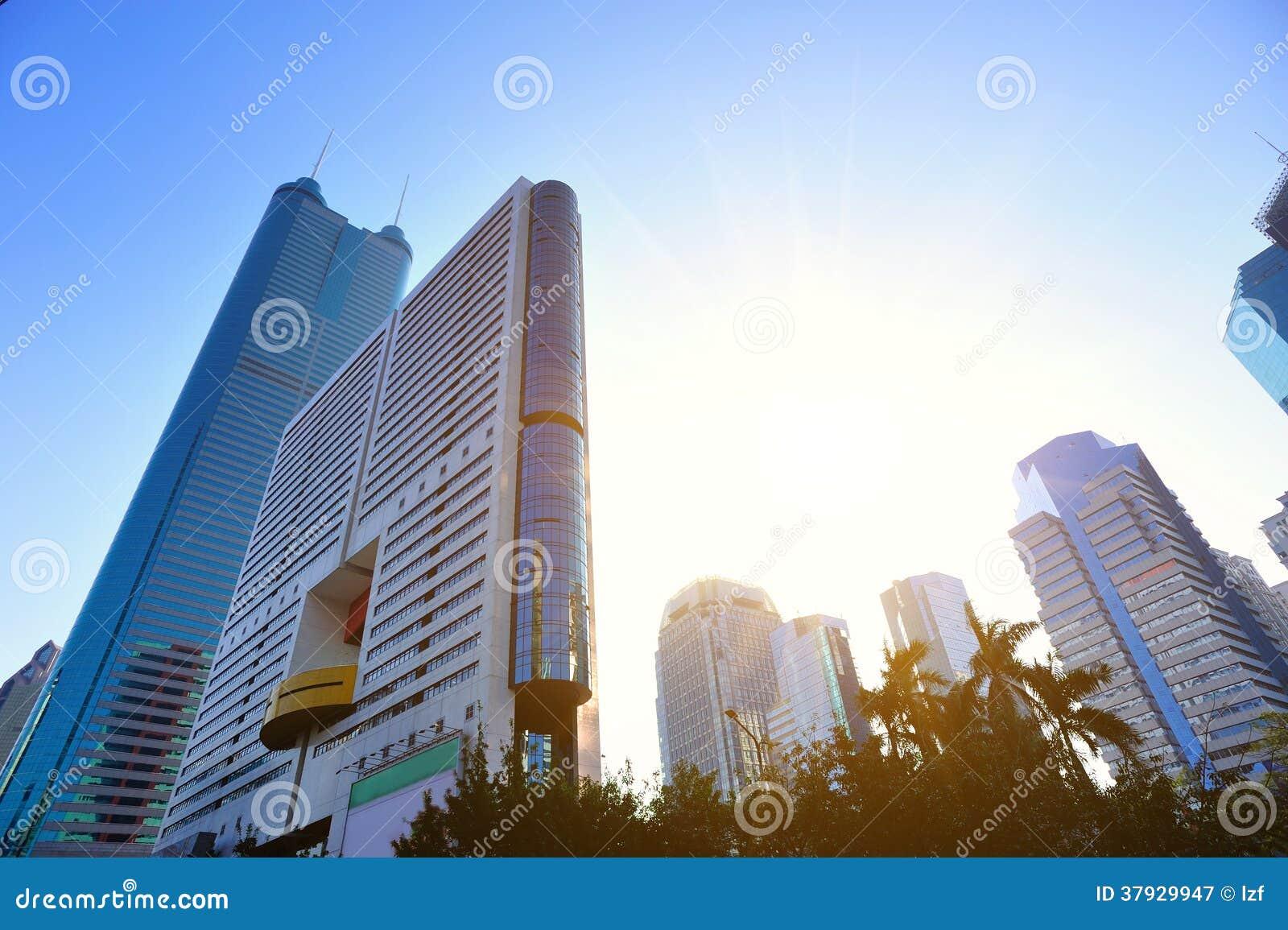 Ο ορίζοντας πόλεων μέσα η πόλη