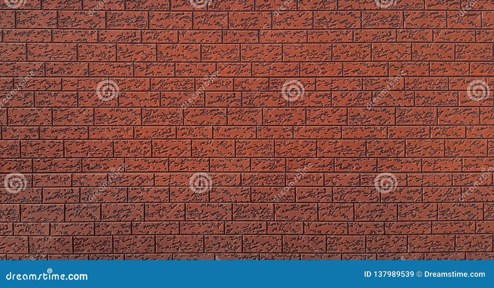 Ο πλαστικός τοίχος είναι κόκκινος