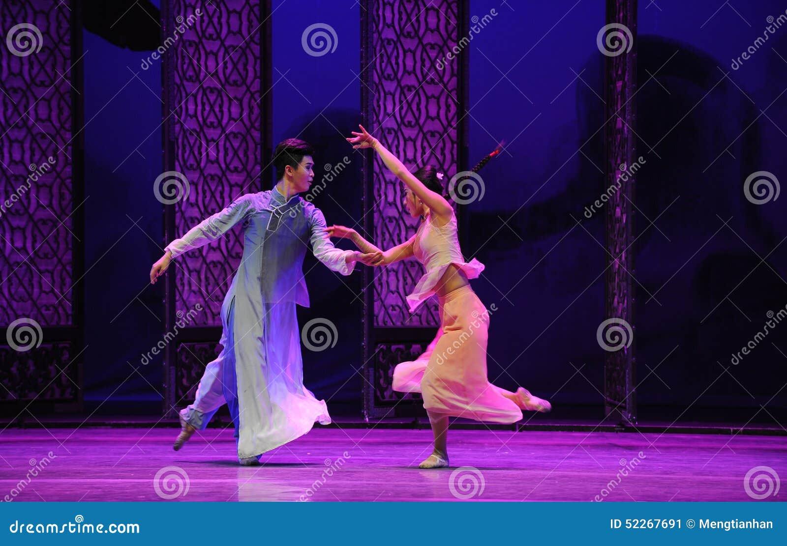Ο στενός δρόμος η σύγκρουση-δεύτερη πράξη των γεγονότων δράμα-Shawan χορού του παρελθόντος