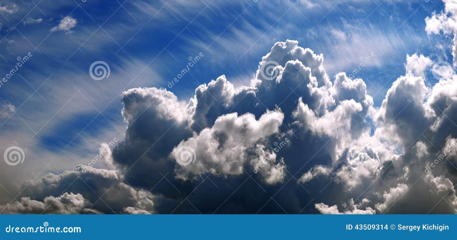 Ο σωρείτης ουρανού καλύπτει τη σύσταση υποβάθρου