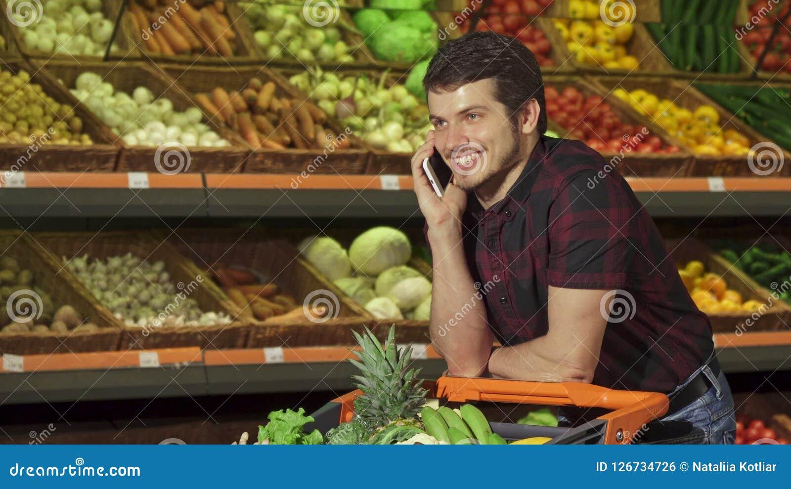 Ο τύπος απαντά στην κλήση στη λεωφόρο
