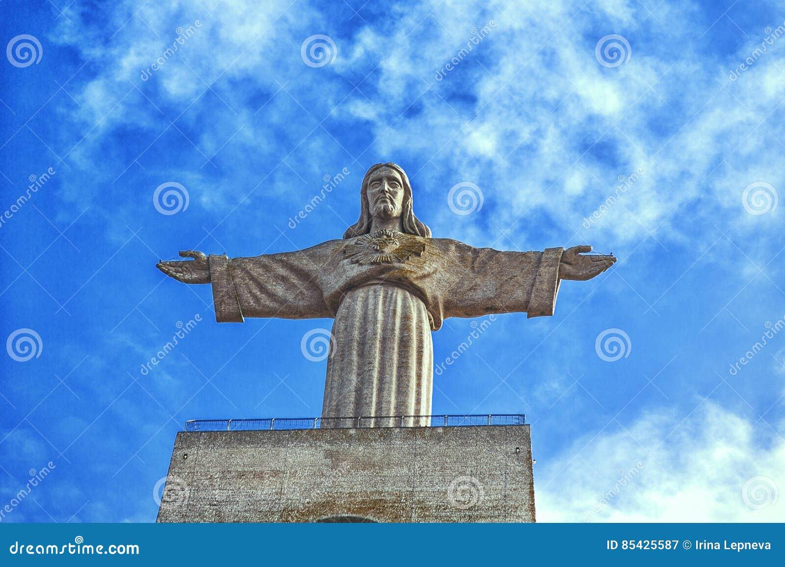 Ο Χριστός το άγαλμα βασιλιάδων στο νησί της Μαδέρας