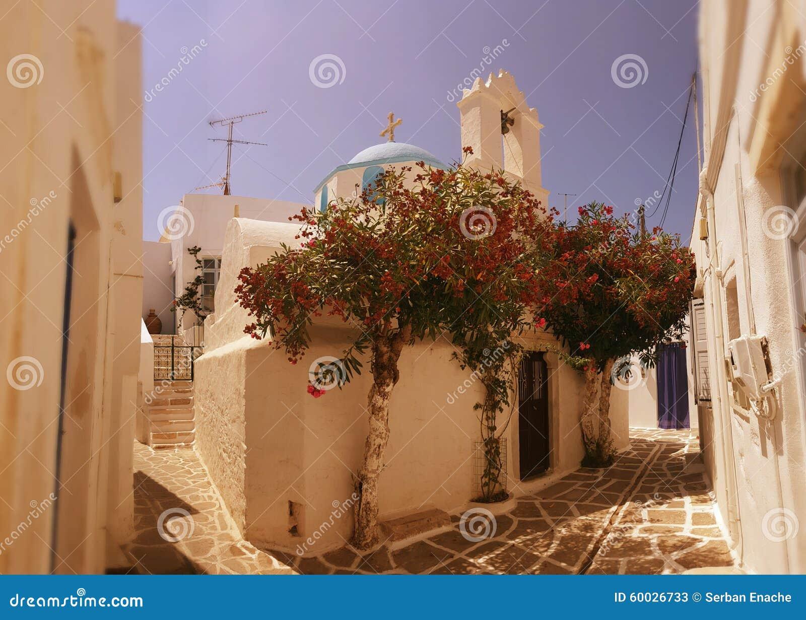 Οδός σε Parikia, νησί των Κυκλάδων, Ελλάδα