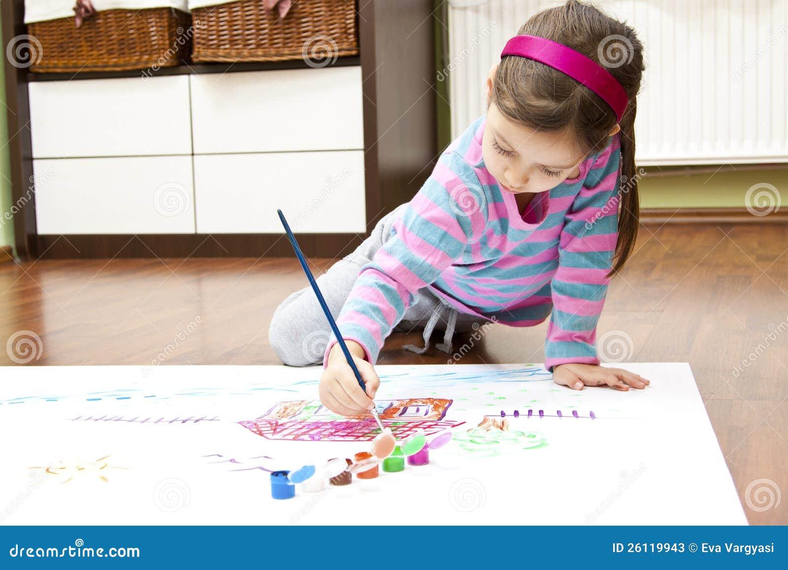 小女孩图画她的梦之家