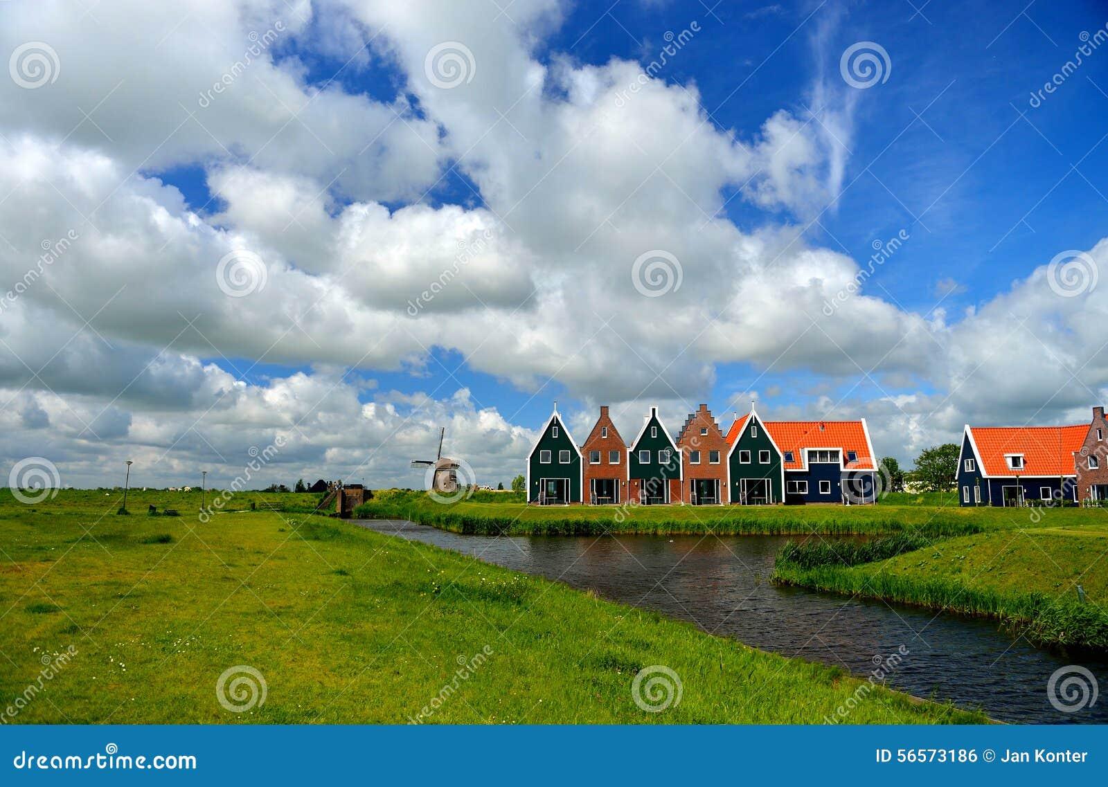 Download Πάρκο Volendam, Ολλανδία μαρινών Στοκ Εικόνες - εικόνα από ολλανδία, ολλανδικά: 56573186