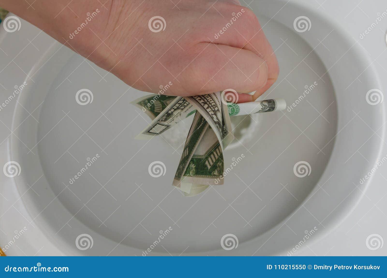 Πέρα από το χέρι τουαλετών με χίλια δολάρια