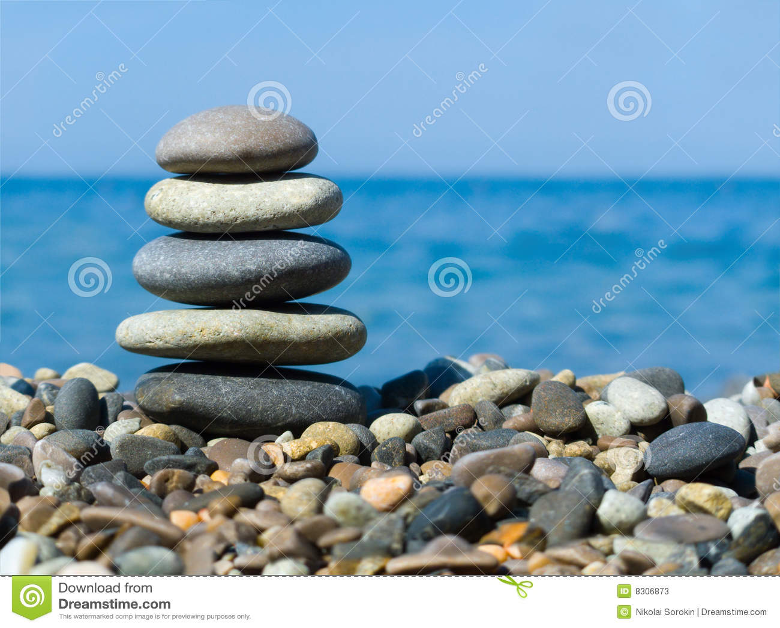 πέτρες στοιβών παραλιών
