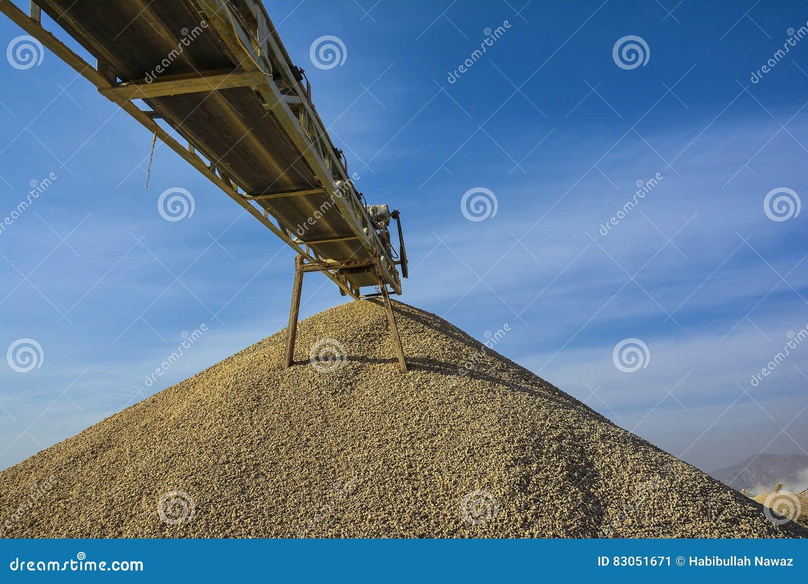 Πέτρινος θραυστήρας & αμμοχάλικο