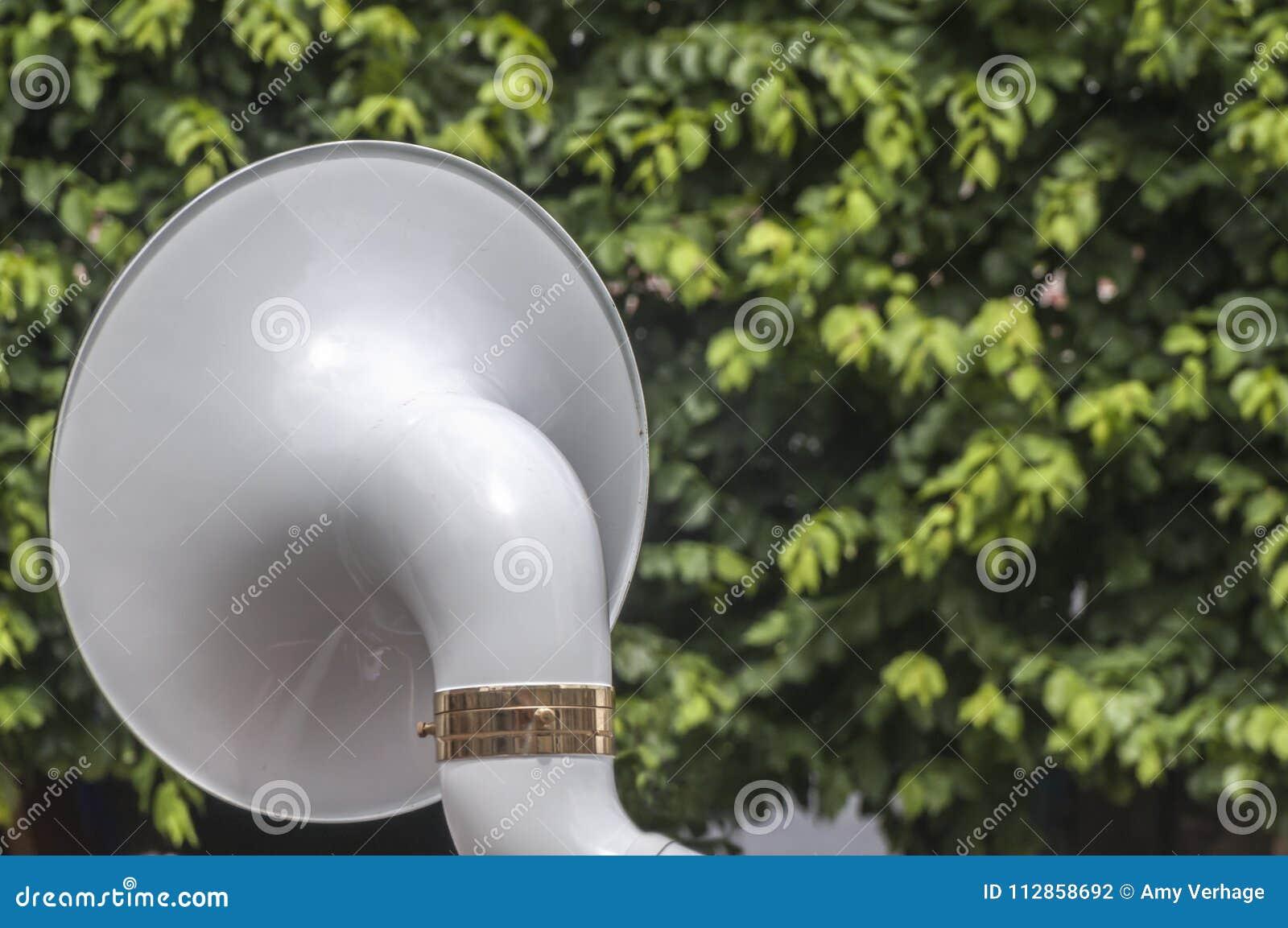 Πίσω ενός οργάνου sousaphone
