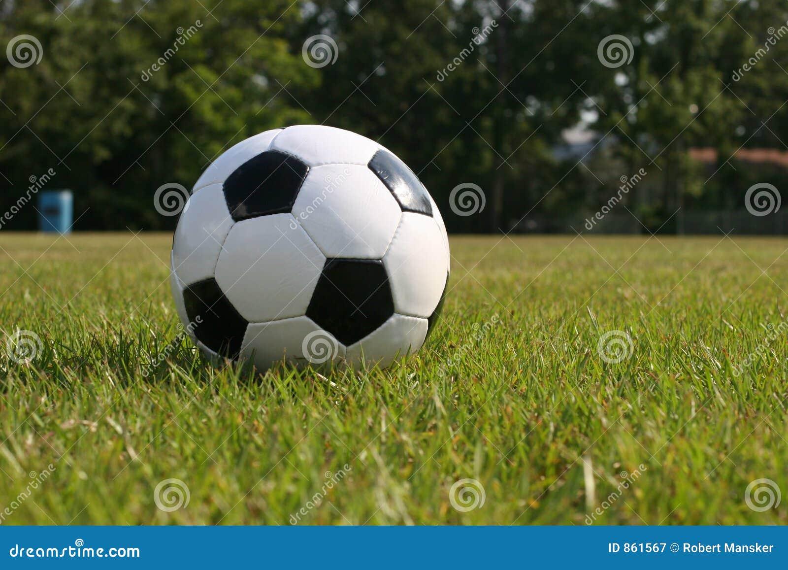 παίζοντας ποδόσφαιρο πε&de
