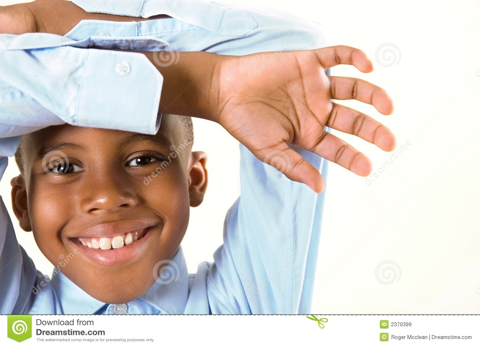 παιδί που πλαισιώνει το χ&a