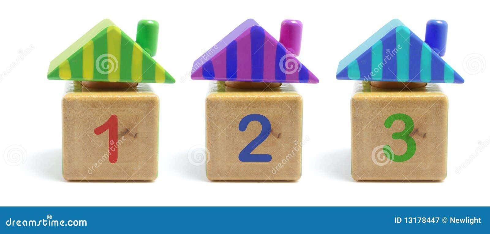 παιχνίδι σπιτιών ξύλινο