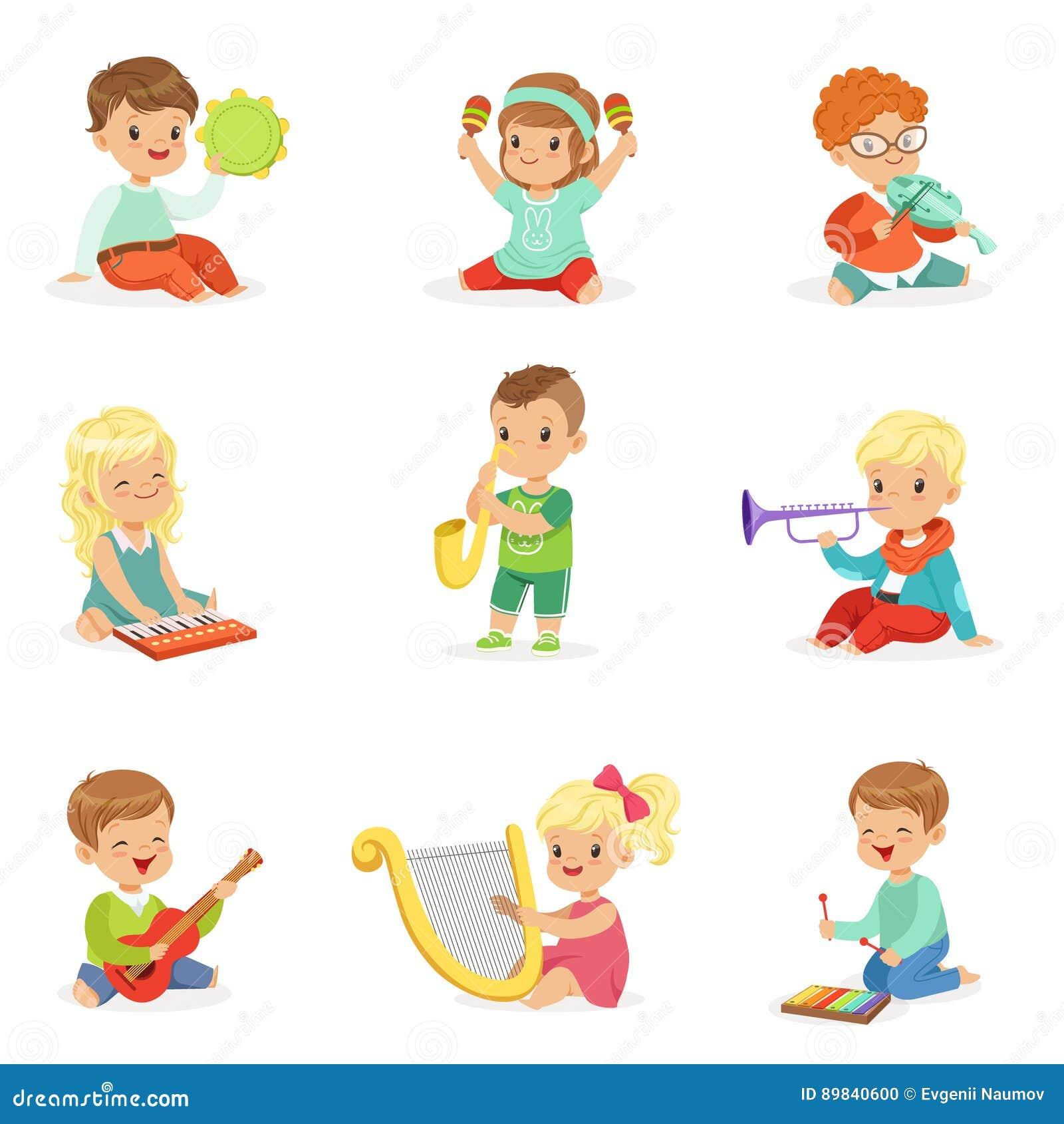 Παιδάκια και που παίζουν το μουσικό όργανο, που τίθεται που κάθονται για το σχέδιο ετικετών Τα κινούμενα σχέδια απαρίθμησαν τις ζ