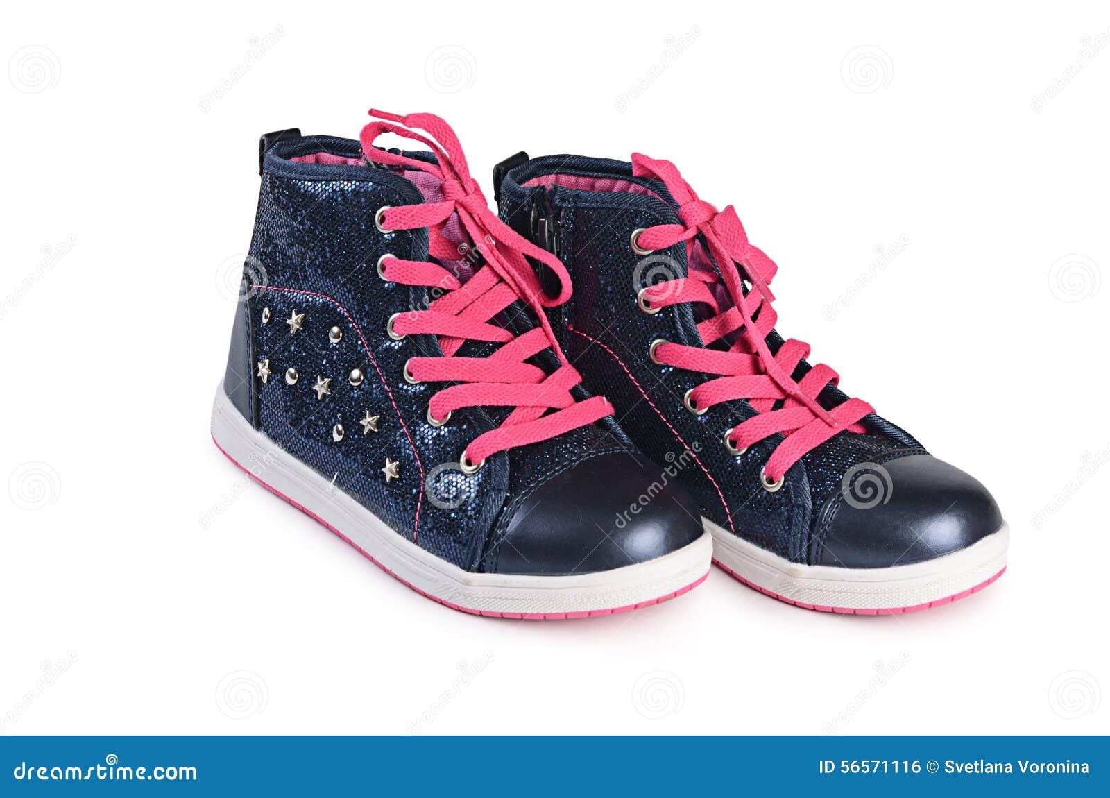Download Παιδιών πάνινα παπούτσια που απομονώνονται μοντέρνα στο λευκό Στοκ Εικόνες - εικόνα από κατσίκι, κορδόνι: 56571116