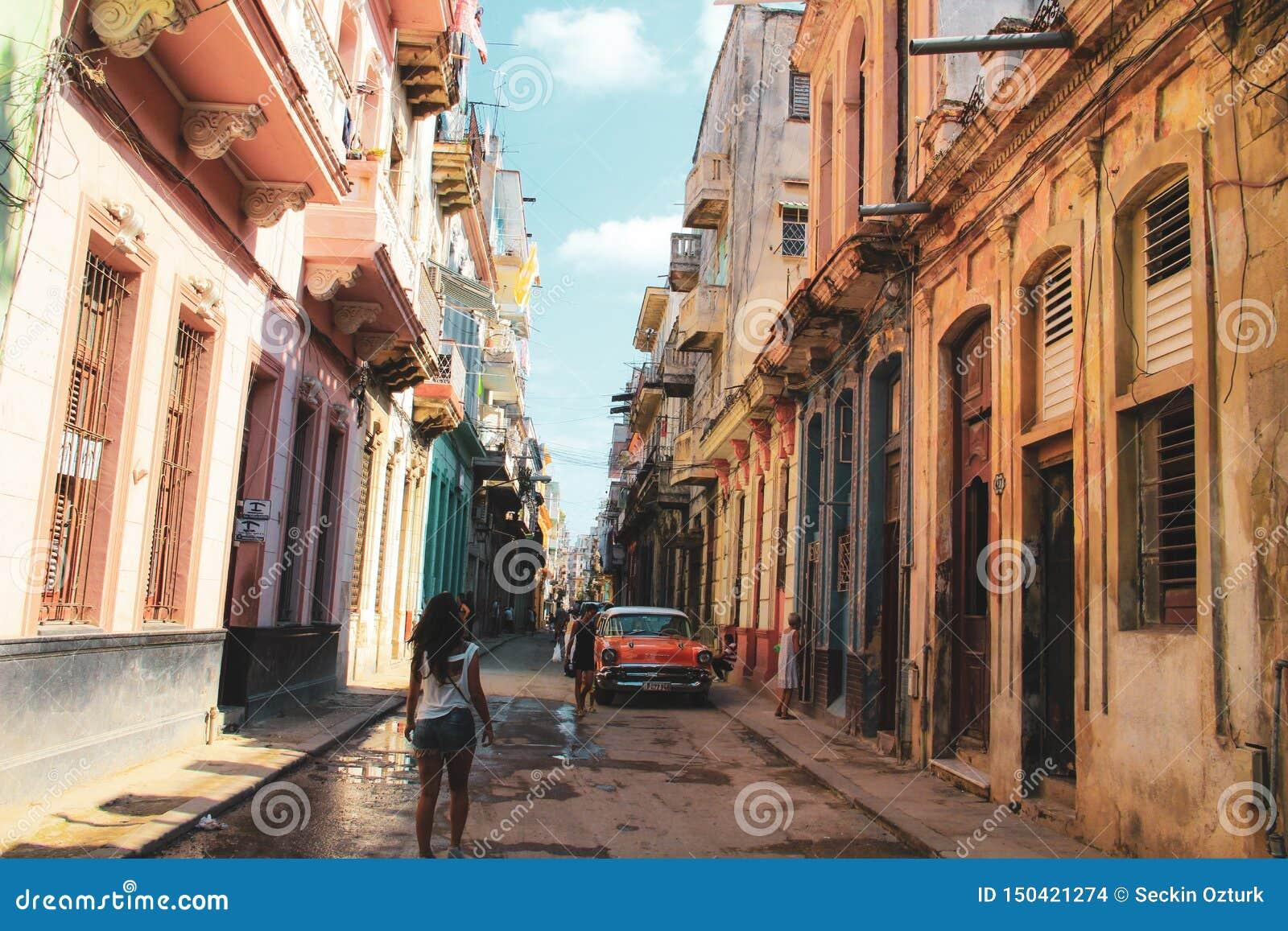 Παλαιά οδός της Αβάνας στην Κούβα, Caribbeans