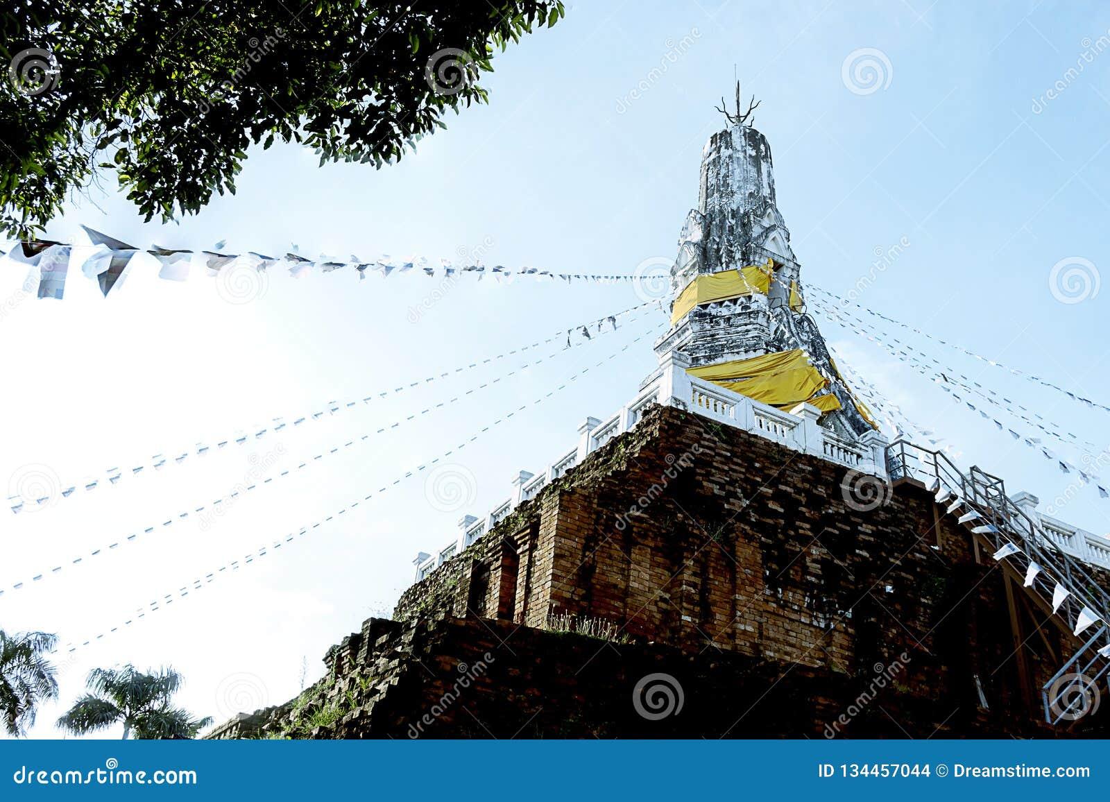 Παλαιά παγόδα στην Ταϊλάνδη