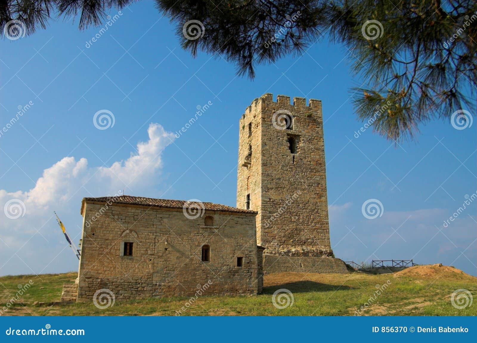 παλαιός πύργος