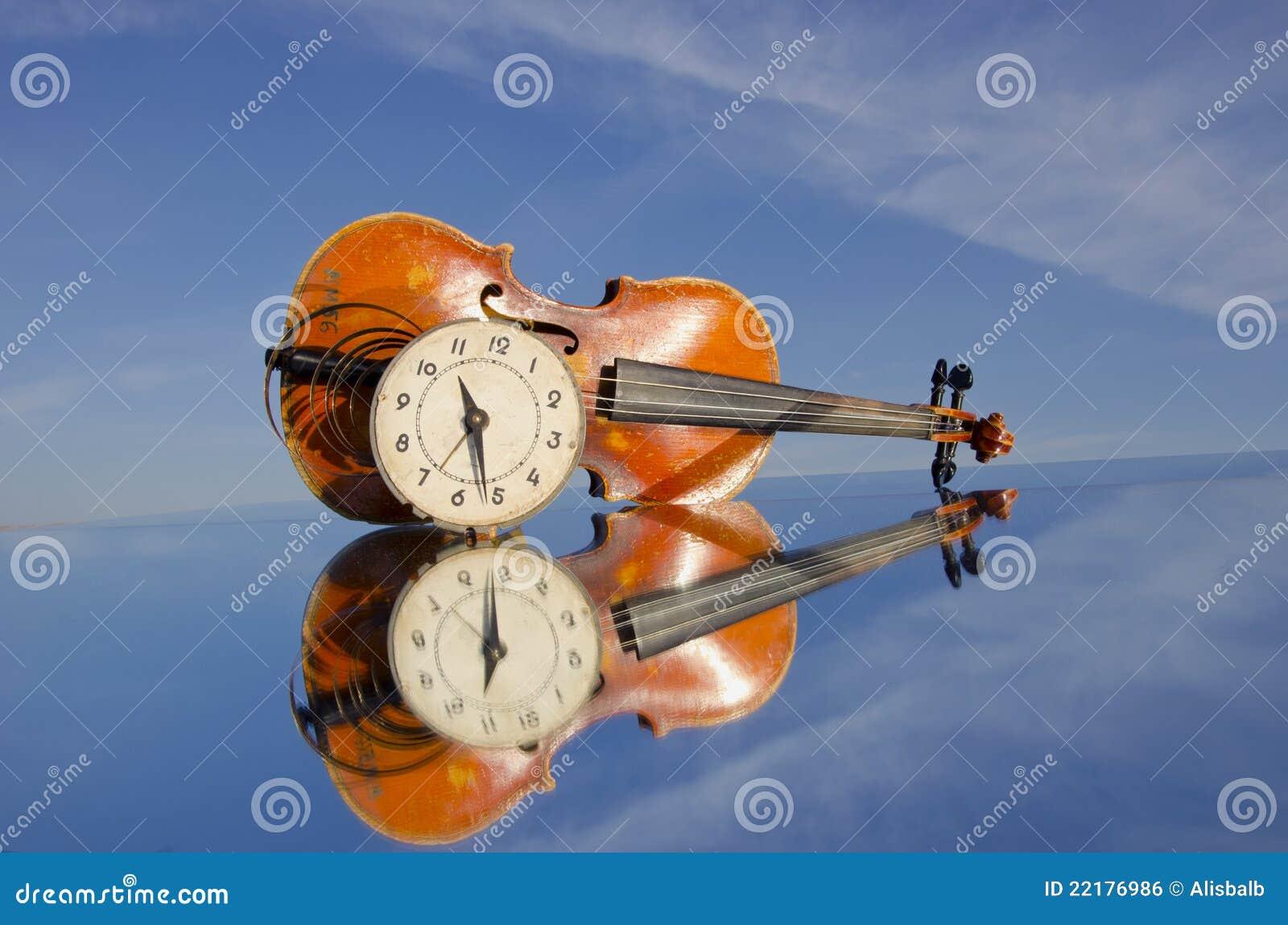 παλαιό βιολί προσώπου ρο&l