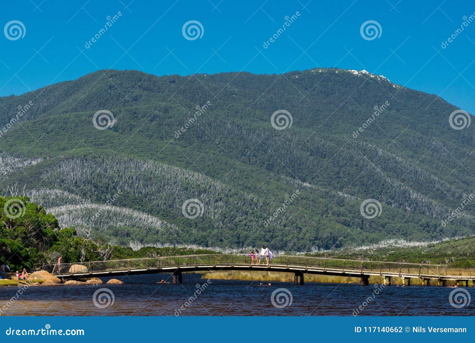 Παλιρροιακός ποταμός στη Βόρεια πλευρά του εθνικού πάρκου ακρωτηρίων Wilsons σε Gippsland, Αυστραλία