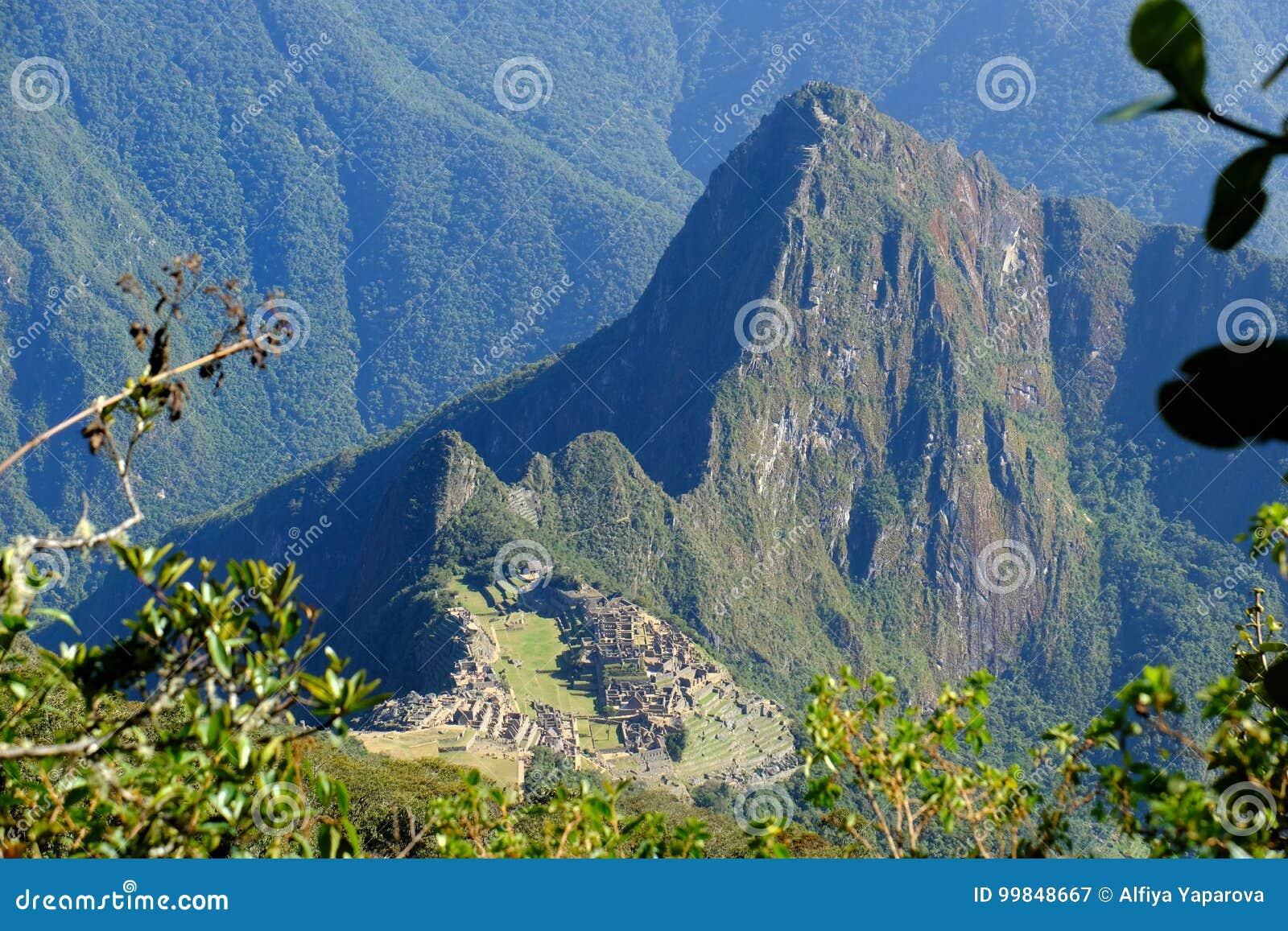 Πανοραμική άποψη Machu Picchu από το βουνό Machu Picchu
