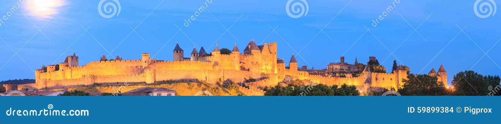Πανόραμα βραδιού του φρουρίου του Carcassonne