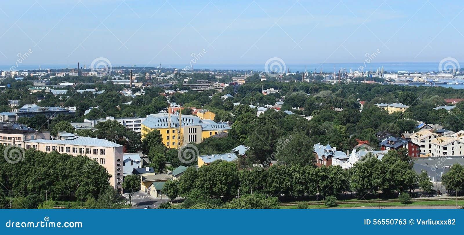 Download Πανόραμα της πόλης Ταλίν στοκ εικόνα. εικόνα από ευρώπη - 56550763