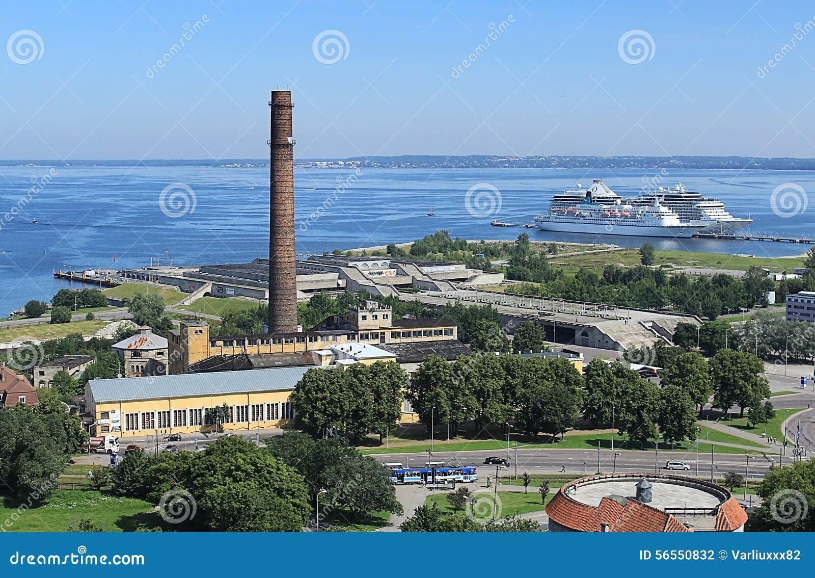 Download Πανόραμα της πόλης Ταλίν στοκ εικόνες. εικόνα από με - 56550832