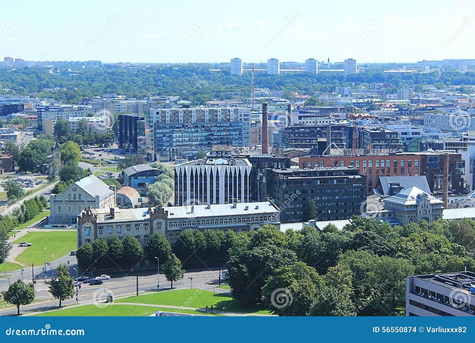 Download Πανόραμα της πόλης Ταλίν εκδοτική στοκ εικόνα. εικόνα από βιομηχανία - 56550874