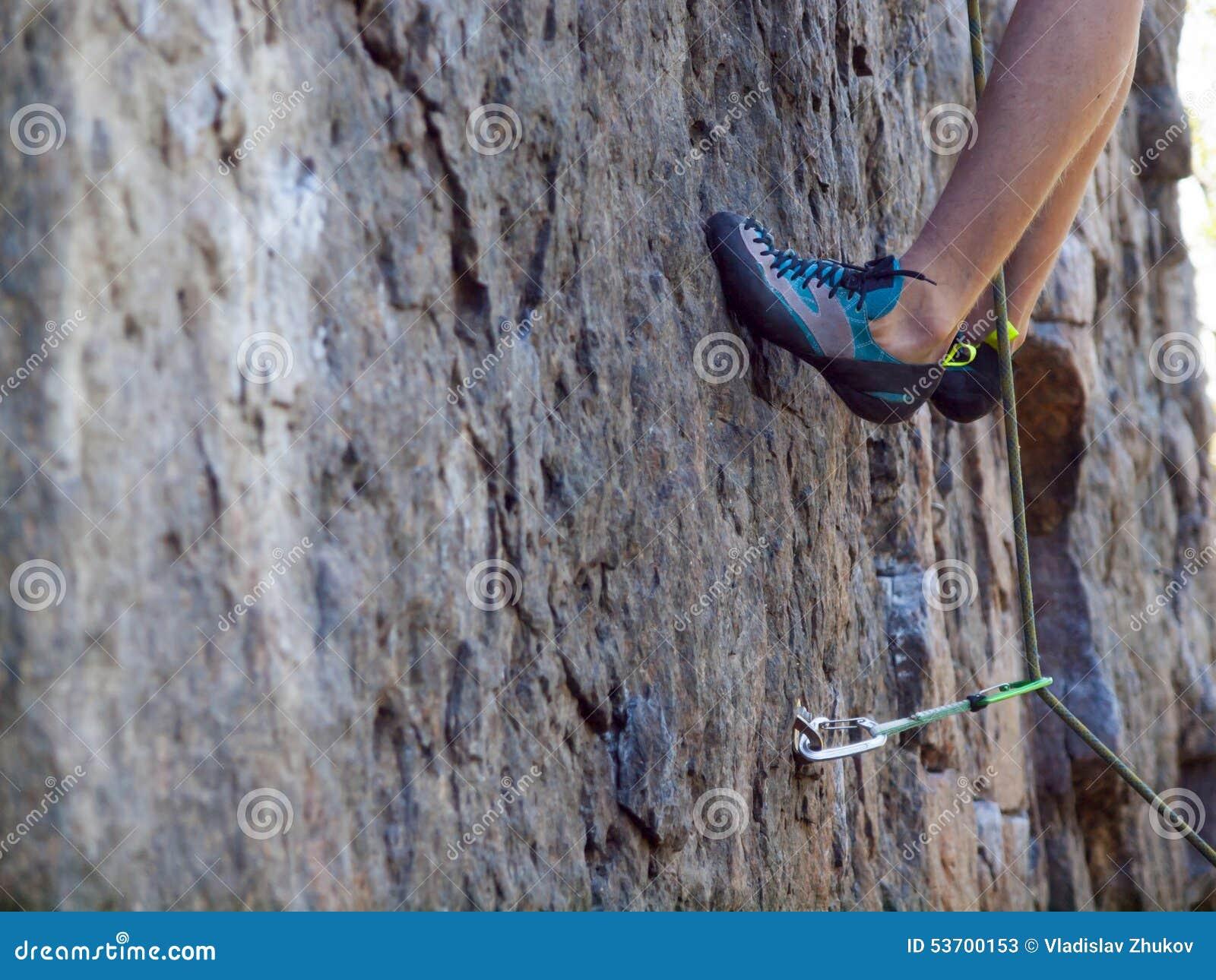 28464b2f616 Παπούτσια για την ορειβασία Στοκ Εικόνα - εικόνα από παρακώλυση ...