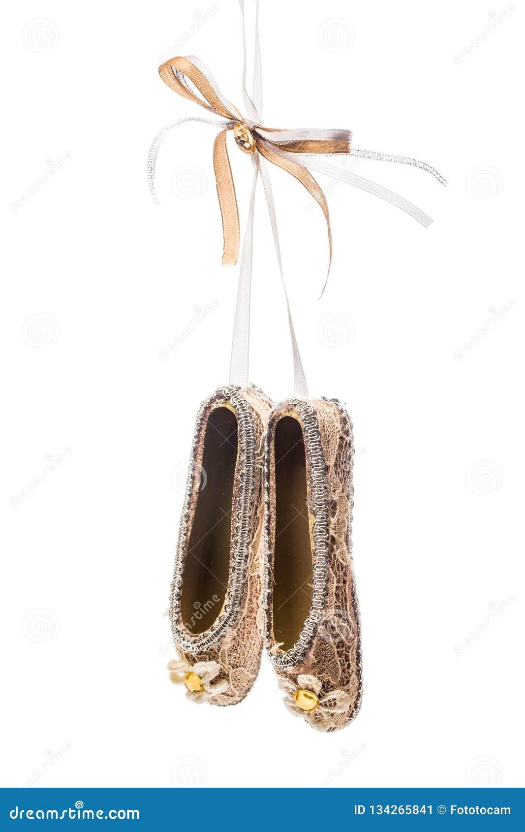 Παπούτσια διακοσμήσεων Χριστουγέννων pointe στο άσπρο υπόβαθρο