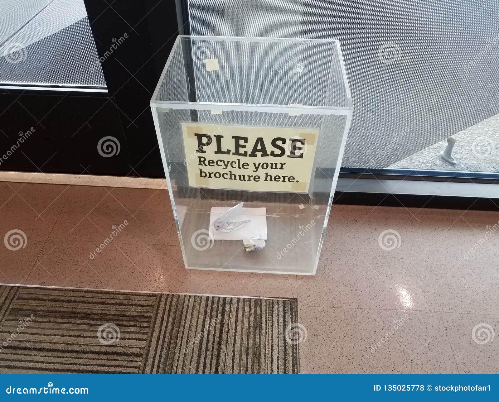 Παρακαλώ ανακυκλώστε το φυλλάδιό σας υπογράφει εδώ στο πλαστικό κιβώτιο