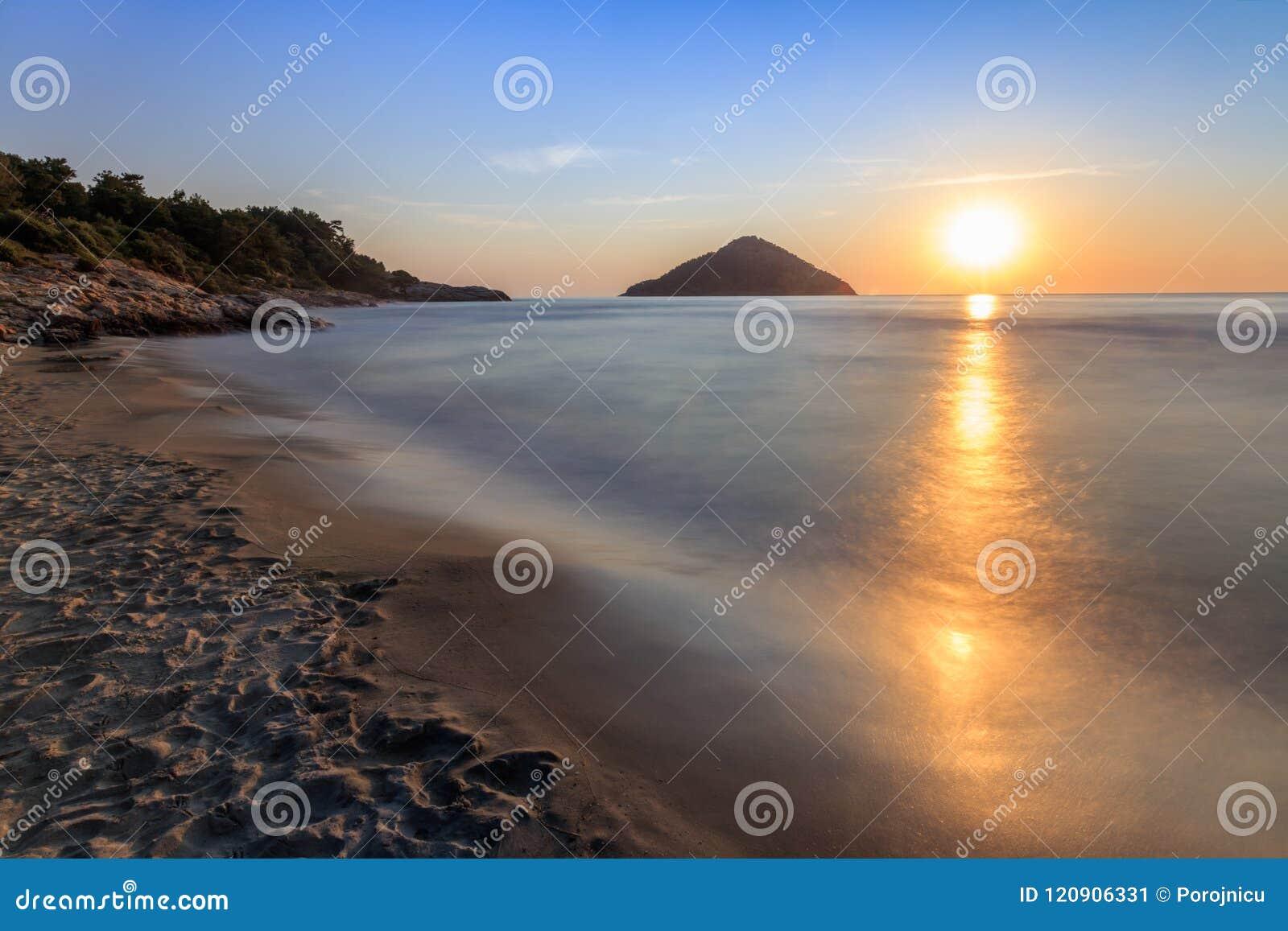 παραλία Ανατολή dating