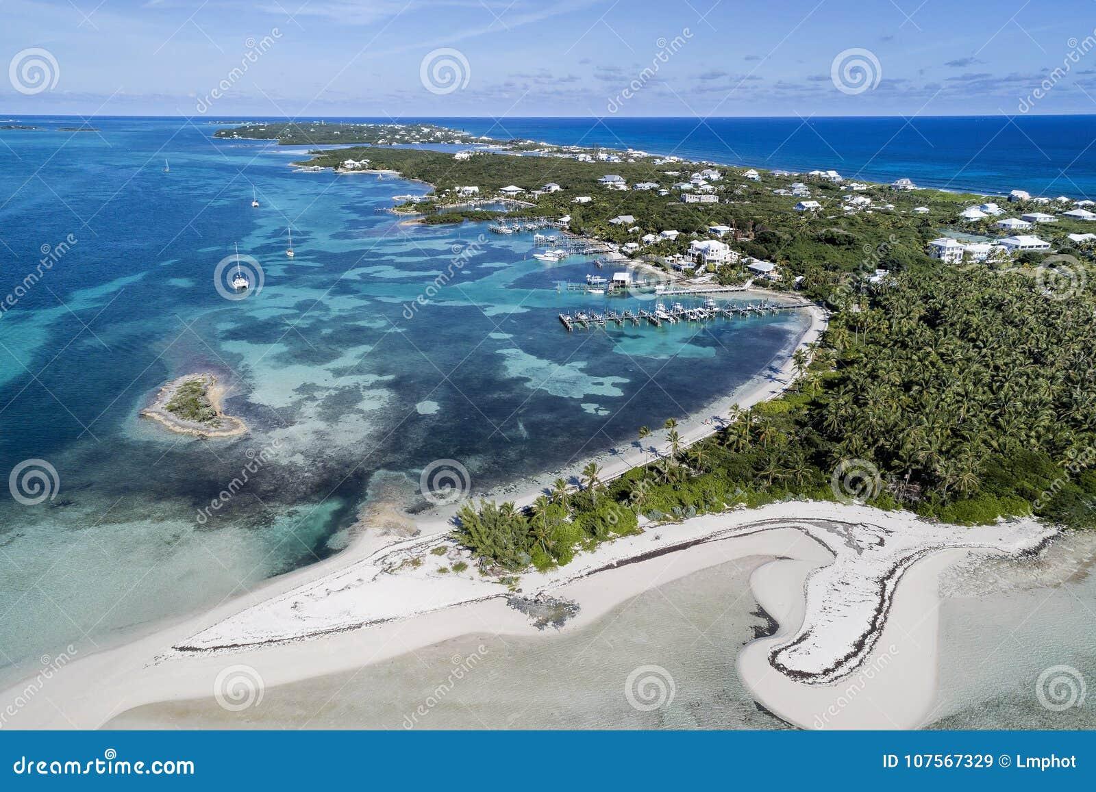 Παραλία της Ταϊτή και κοραλλιογενής νήσος Abaco αγκώνων