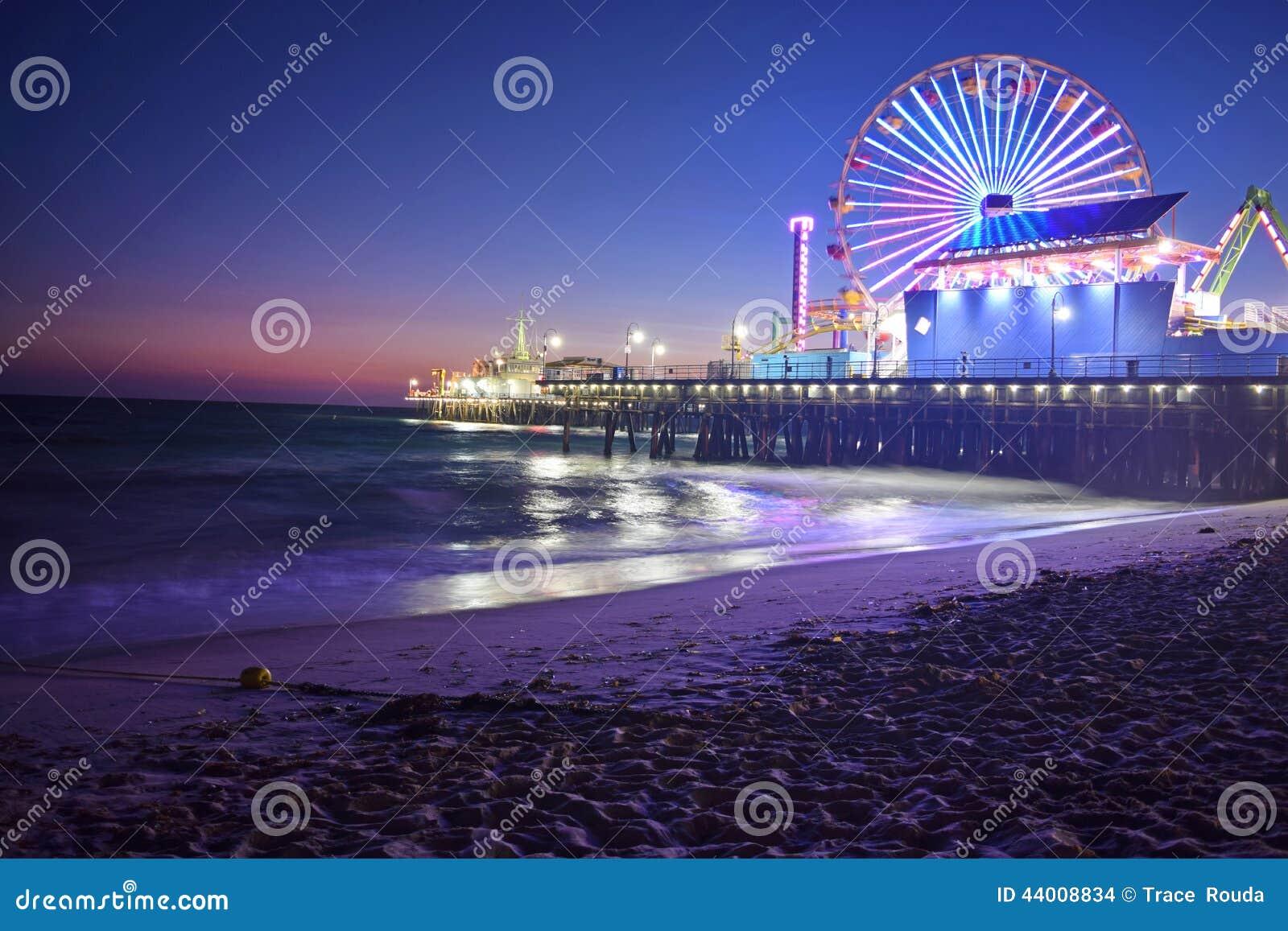 Παραλία της Σάντα Μόνικα τη νύχτα