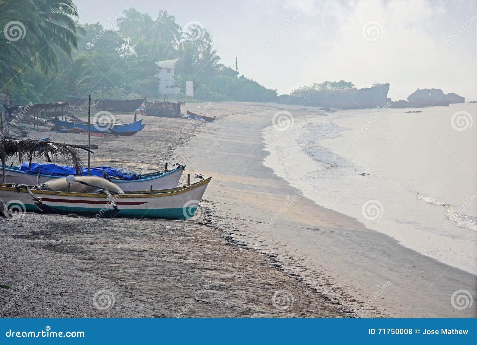 Παραλία ψαροχώρι της Ινδίας