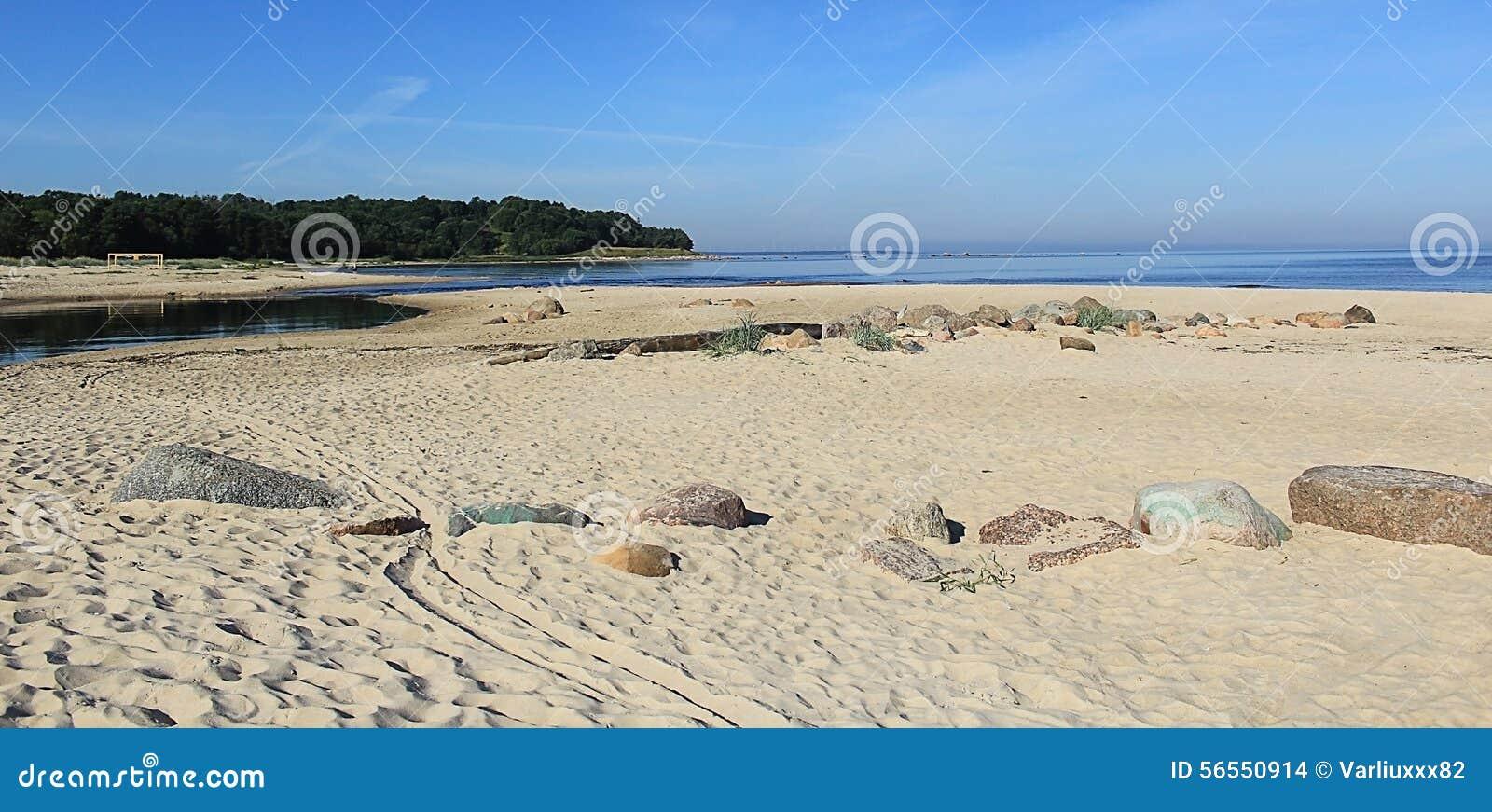 Download Παραλία στοκ εικόνες. εικόνα από θάλασσα, bazaars, balminess - 56550914