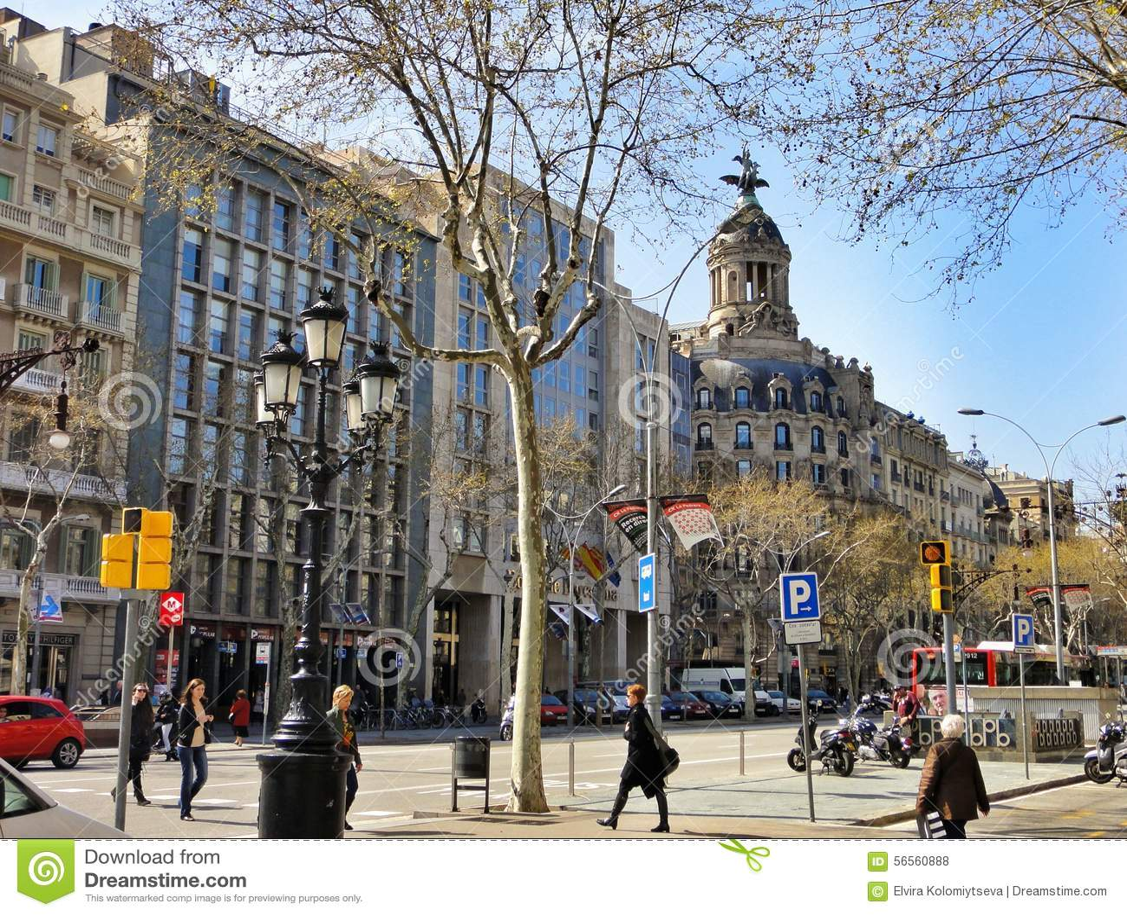 Download Παραδοσιακή αρχιτεκτονική της Βαρκελώνης, Ισπανία Εκδοτική Στοκ Εικόνες - εικόνα από μεσογειακός, μπαλκονιών: 56560888