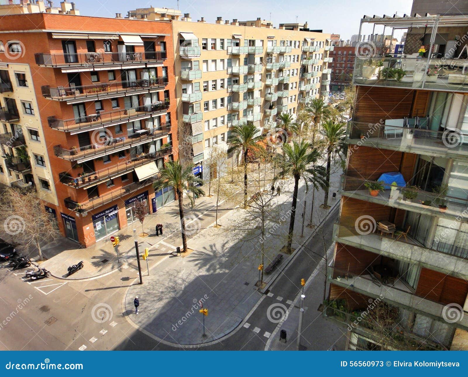 Download Παραδοσιακή αρχιτεκτονική της Βαρκελώνης, Ισπανία Εκδοτική Στοκ Εικόνες - εικόνα από arroyos, μεσογειακός: 56560973