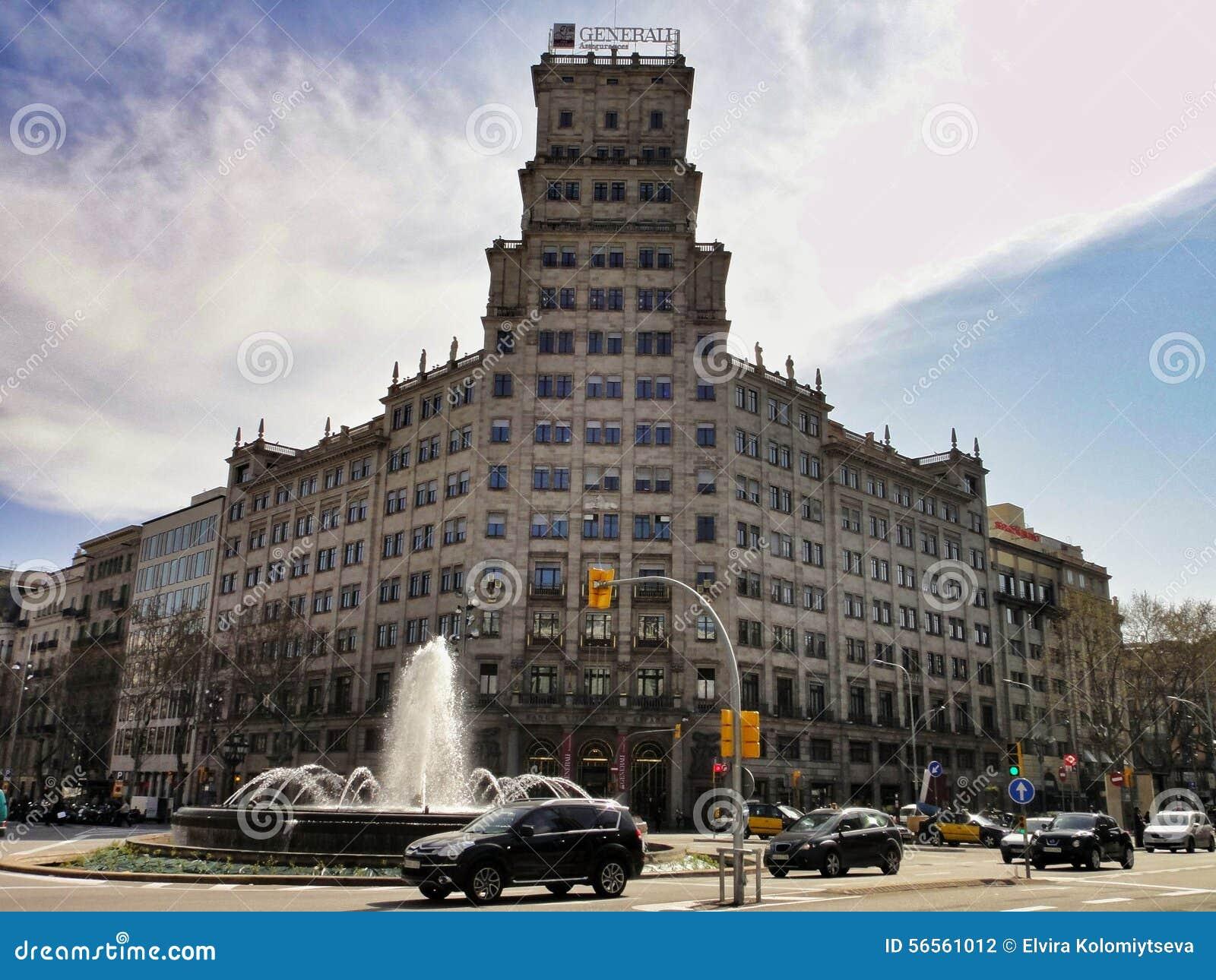 Download Παραδοσιακή αρχιτεκτονική της Βαρκελώνης, Ισπανία Εκδοτική Φωτογραφία - εικόνα από φανάρι, διακοπές: 56561012