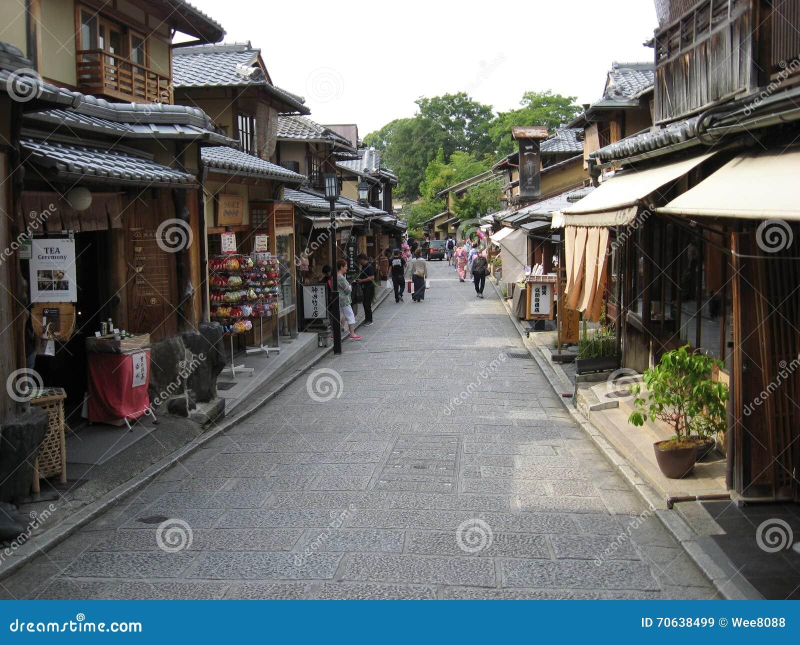 Παραδοσιακή οδός του Κιότο στη γνωστή περιοχή Gion