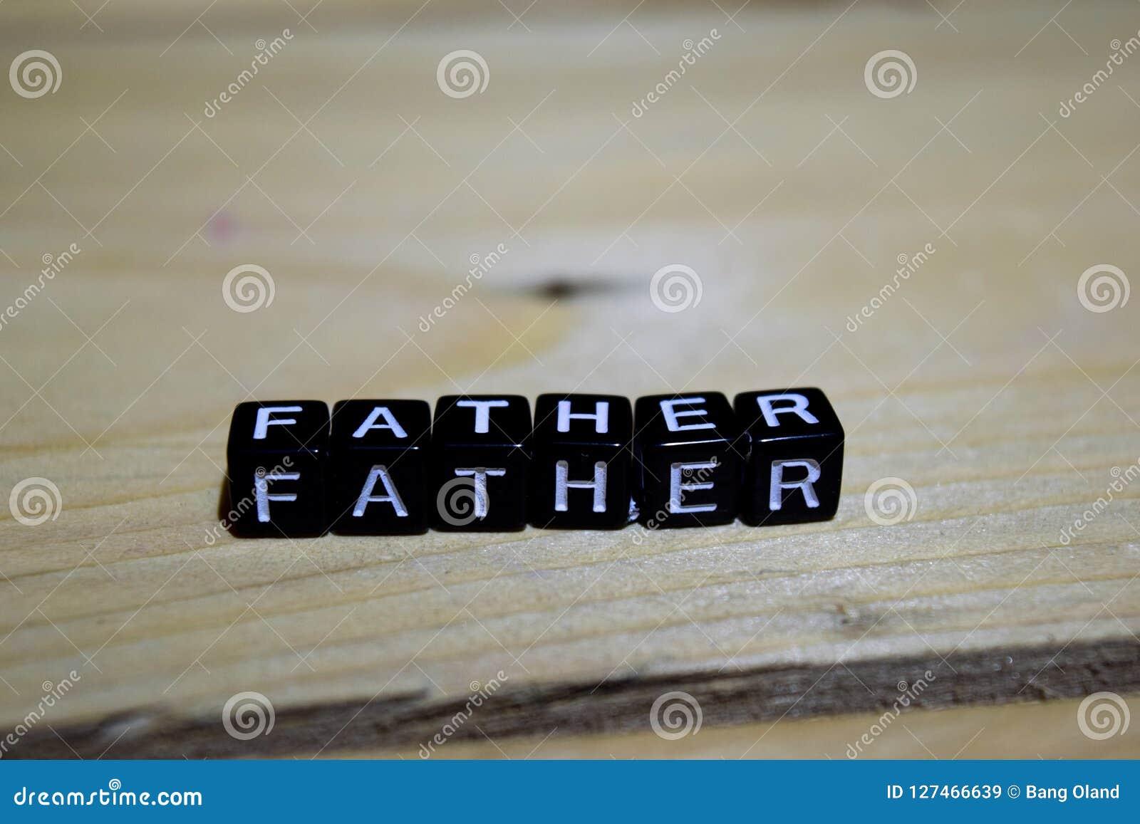 Πατέρας που γράφεται στους ξύλινους φραγμούς Έννοιες έμπνευσης και κινήτρου