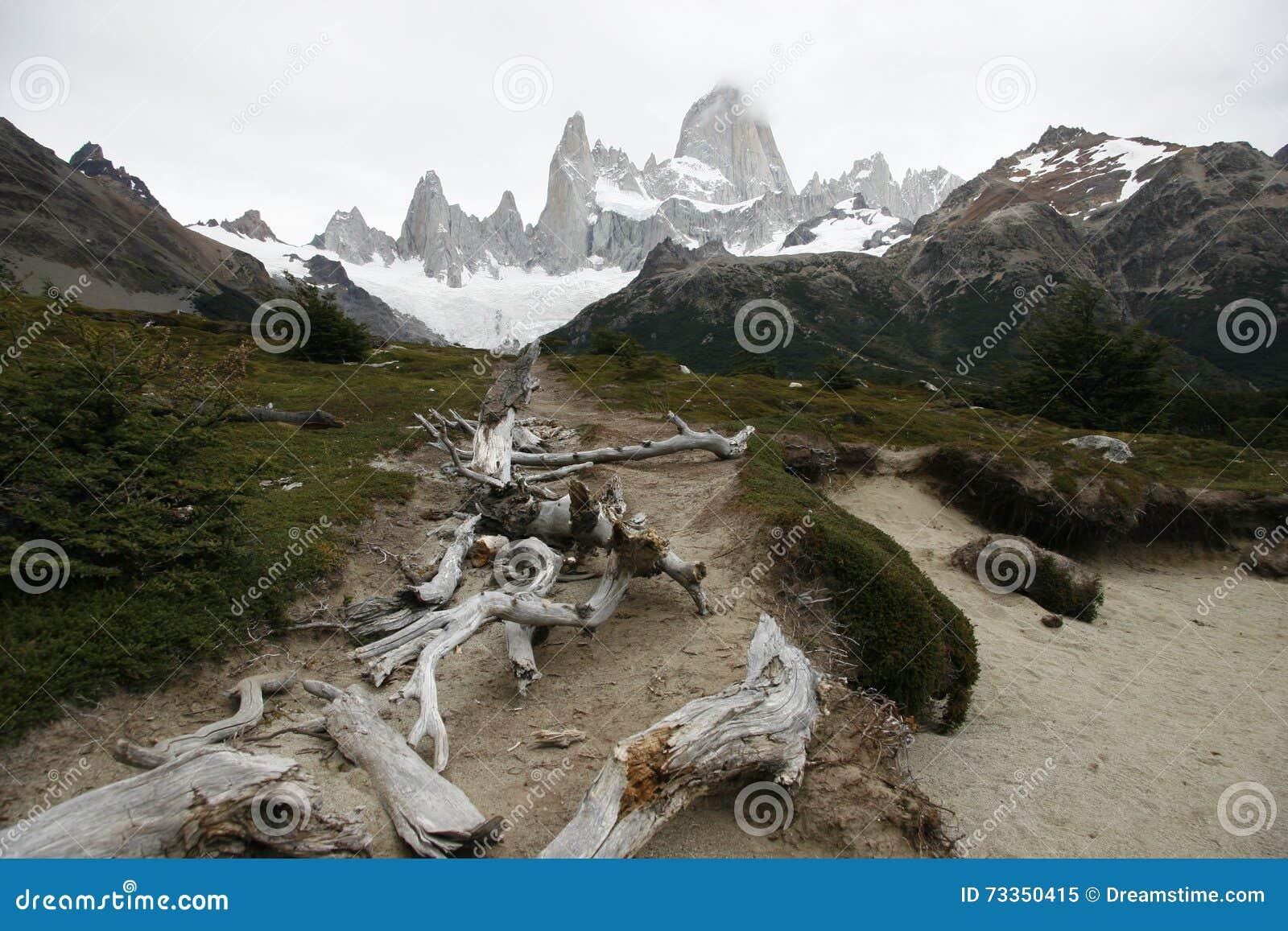 Παταγωνία με τα βουνά